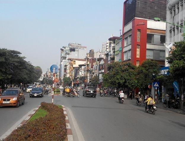 Chuyển nhà tại phố Lê Văn Lương